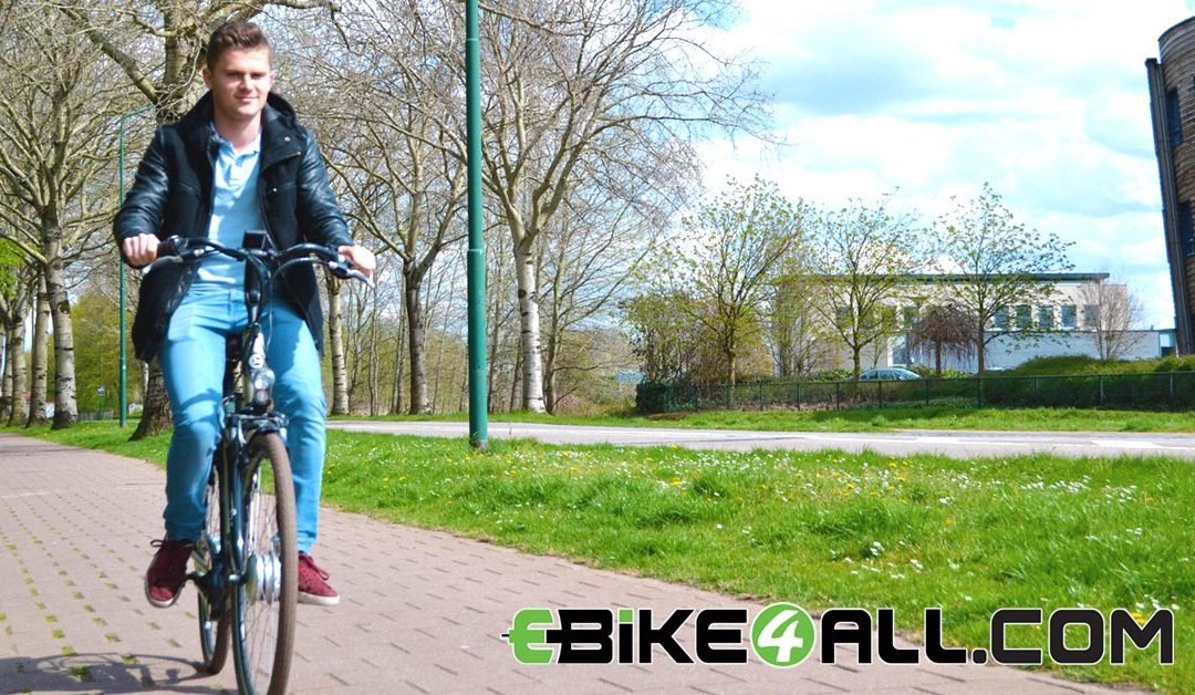 Snorfiets vs E-bike: de snorfiets verliest